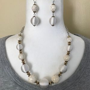 Jewelry - Vintage stone & thread necklace & earrings set